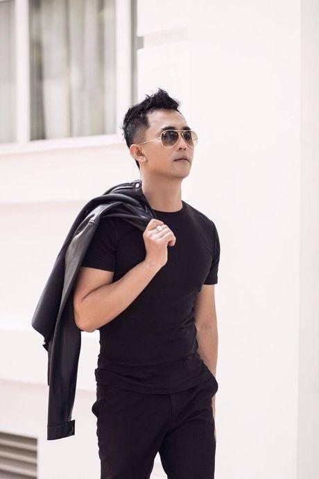 Tony Nguyen the hien dang cap voi gam den huyen bi - Anh 7