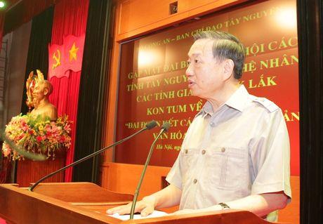 Bo Cong an gap mat than mat DBQH va nghe nhan cac tinh Tay Nguyen - Anh 3