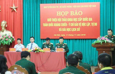 Hoi thao khoa hoc cap quoc gia ky niem 70 nam Ngay toan quoc khang chien - Anh 1