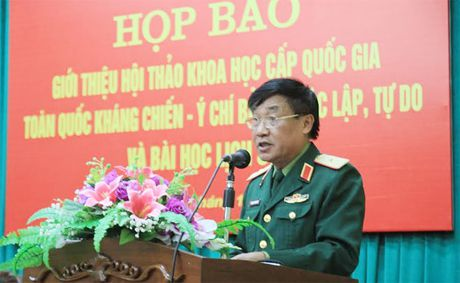 Hoi thao khoa hoc cap quoc gia ky niem 70 nam Ngay toan quoc khang chien - Anh 2
