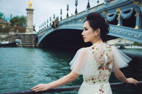 Bi quyet giup nu fashionsta Tram Nguyen toa sang giua kinh do thoi trang Paris - Anh 1