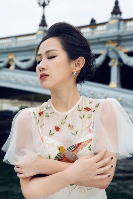 Bi quyet giup nu fashionsta Tram Nguyen toa sang giua kinh do thoi trang Paris - Anh 2