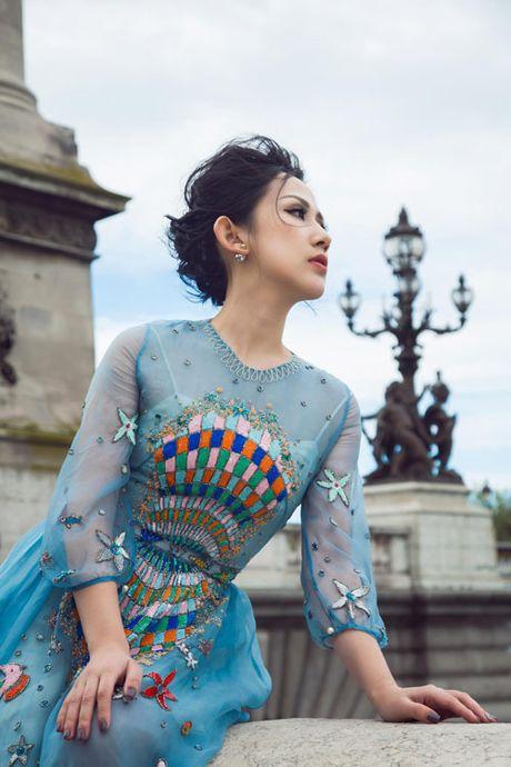 Bi quyet giup nu fashionsta Tram Nguyen toa sang giua kinh do thoi trang Paris - Anh 3