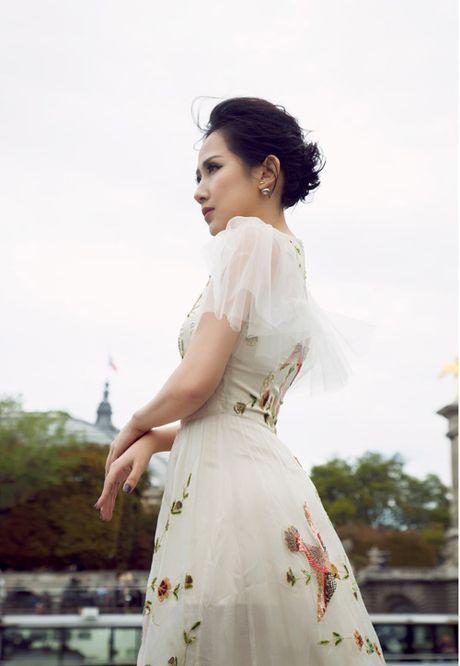 Bi quyet giup nu fashionsta Tram Nguyen toa sang giua kinh do thoi trang Paris - Anh 4