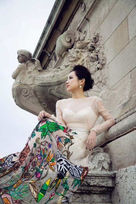Bi quyet giup nu fashionsta Tram Nguyen toa sang giua kinh do thoi trang Paris - Anh 6