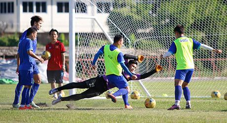 """""""Ronaldo & Messi Viet Nam"""" no luc tim suat da chinh - Anh 11"""