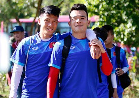 """""""Ronaldo & Messi Viet Nam"""" no luc tim suat da chinh - Anh 2"""