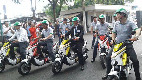 Ra mat san pham xe may dien cong cong - Anh 1