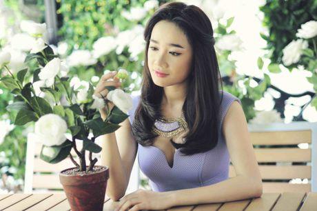 Nha Phuong – 'khoi nghiep' tu nghe ban banh trang tron - Anh 1