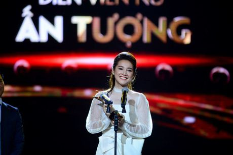 Nha Phuong – 'khoi nghiep' tu nghe ban banh trang tron - Anh 3