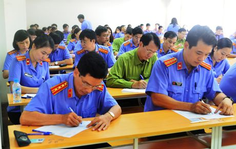 Khai mac ky thi tuyen Kiem sat vien nam 2016 khu vuc phia Bac - Anh 10