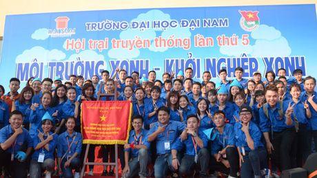 Dai hoc Dai Nam tung bung ngay hoi tri an nha giao - Anh 1