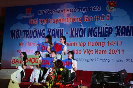Dai hoc Dai Nam tung bung ngay hoi tri an nha giao - Anh 8