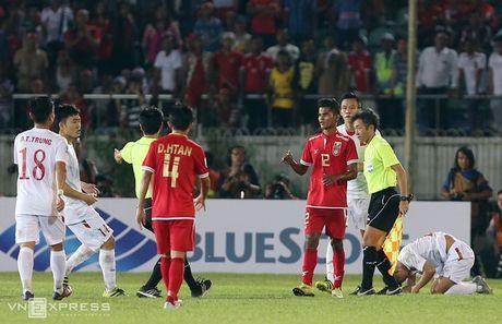 Nhung pha da ran cua Myanmar voi cau thu Viet Nam - Anh 9