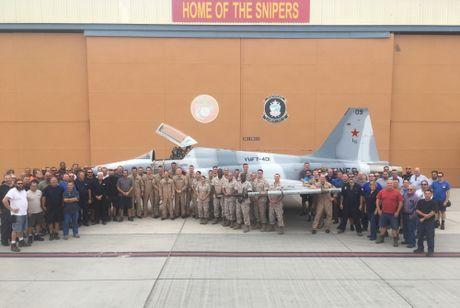 Noi dung F-5 dao tao khong chien cho phi cong F-35 My - Anh 2