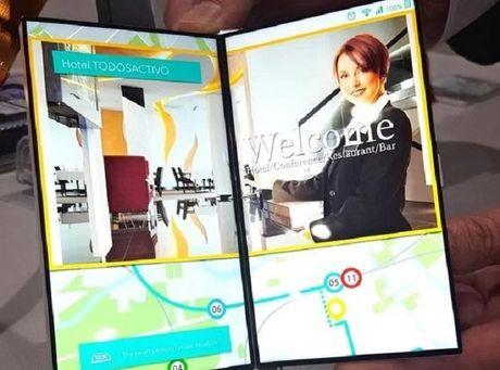 Japan Display gioi thieu man hinh smartphone co the mo ra nhu quyen sach - Anh 1