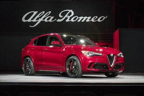 Ra mat Alfa Romeo Stelvio 2018, lam lu mo Porsche Macan Turbo! - Anh 1
