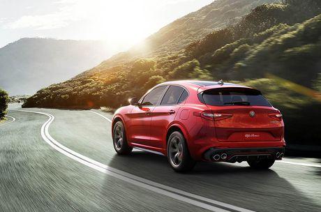 Ra mat Alfa Romeo Stelvio 2018, lam lu mo Porsche Macan Turbo! - Anh 6