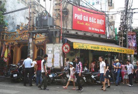 Dan Ha Noi song chung voi bot dien 'nguy hiem chet nguoi' - Anh 1