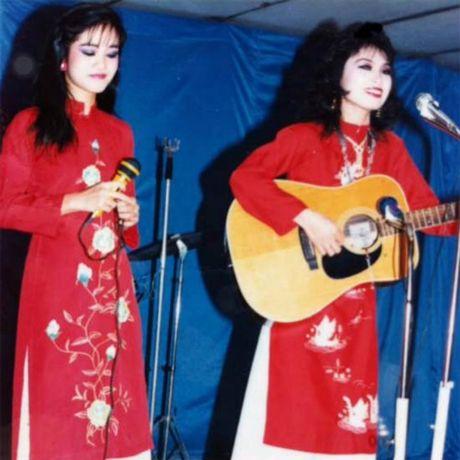 Hong Nhung - Le Quyen: Bi quyet giu gin nhan sac vuot thoi gian cua 2 giong ca hang dau Viet Nam - Anh 1