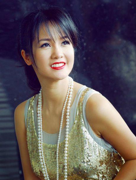 Hong Nhung - Le Quyen: Bi quyet giu gin nhan sac vuot thoi gian cua 2 giong ca hang dau Viet Nam - Anh 2