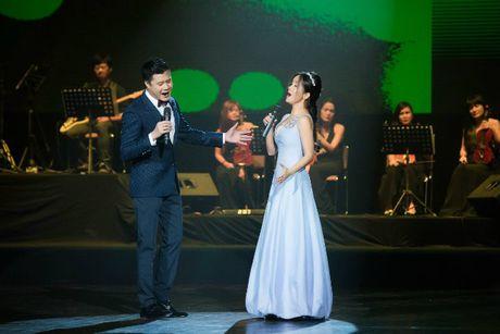 Hong Nhung - Le Quyen: Bi quyet giu gin nhan sac vuot thoi gian cua 2 giong ca hang dau Viet Nam - Anh 5