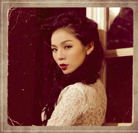 Hong Nhung - Le Quyen: Bi quyet giu gin nhan sac vuot thoi gian cua 2 giong ca hang dau Viet Nam - Anh 8