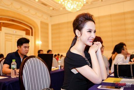 Ekip phim Angela phu nhan dao nhai, tiet lo da moi Thai Hoa, Kim Ly va Chi Pu tu truoc - Anh 8