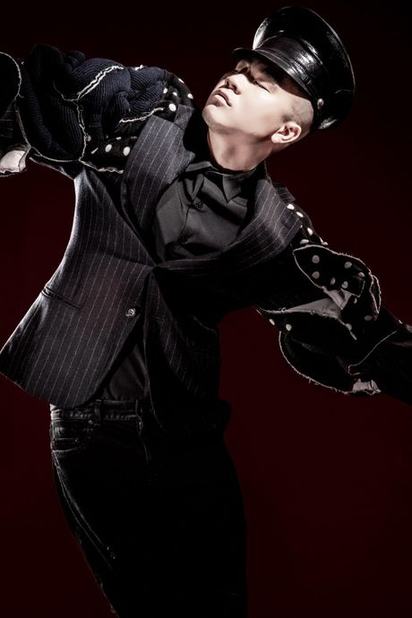 NTK Do Manh Cuong cung 'black list model' se gop mat vao 'bua tiec' thoi trang hoanh trang nhat nam - Anh 2