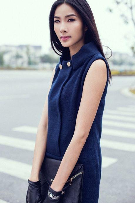 NTK Do Manh Cuong cung 'black list model' se gop mat vao 'bua tiec' thoi trang hoanh trang nhat nam - Anh 3