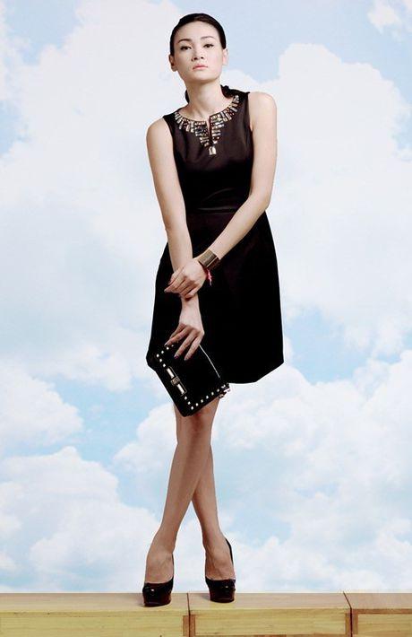 NTK Do Manh Cuong cung 'black list model' se gop mat vao 'bua tiec' thoi trang hoanh trang nhat nam - Anh 5