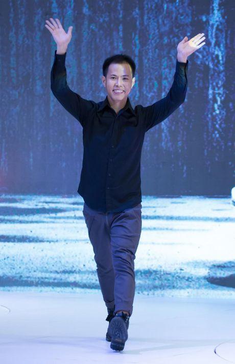 NTK Do Manh Cuong cung 'black list model' se gop mat vao 'bua tiec' thoi trang hoanh trang nhat nam - Anh 7