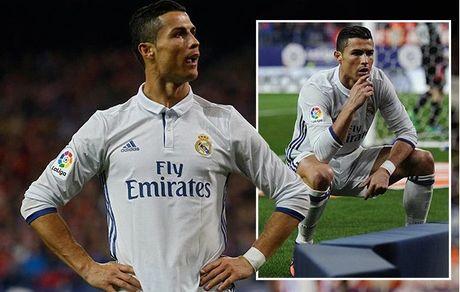 Ronaldo: 'Noi la viec cua cac ban, choi bong va ghi ban la viec cua toi' - Anh 1