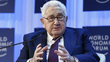 Henry Kissinger: Dung mong ong Trump giu toan bo loi hua - Anh 1