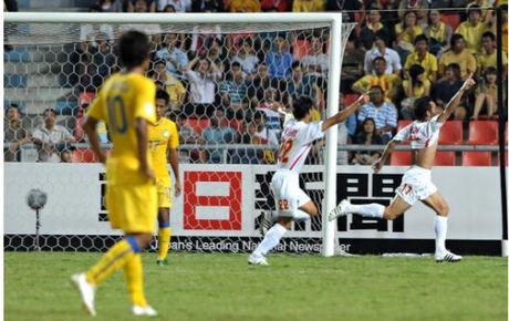 Nhin lai khoanh khac lich su cua DTVN tai AFF Cup 2008 - Anh 3
