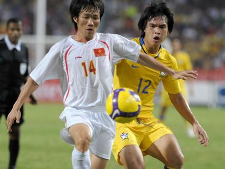 Nhin lai khoanh khac lich su cua DTVN tai AFF Cup 2008 - Anh 4