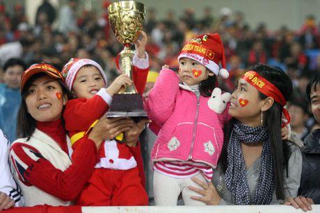 Nhin lai khoanh khac lich su cua DTVN tai AFF Cup 2008 - Anh 6