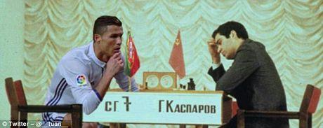Anh che Ronaldo mung ban thang theo trao luu dung hinh - Anh 7