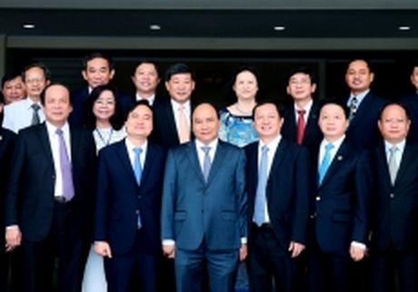 Thu tuong Nguyen Xuan Phuc du Le ky niem Ngay Nha giao Viet Nam tai Dai hoc Quoc gia TP Ho Chi Minh - Anh 1