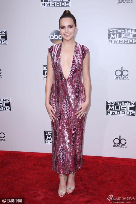 Selena Gomez tai xuat goi cam do sac dan sao tai AMA 2016 - Anh 9