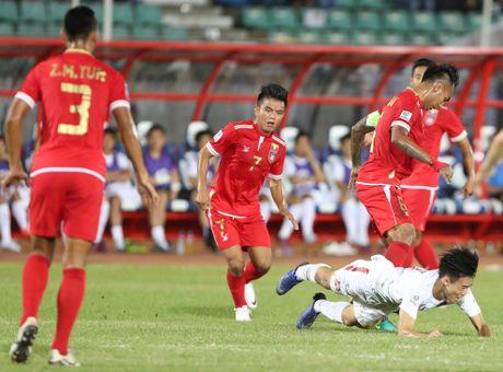 Cac pha choi xau cua Myanmar voi cau thu Viet Nam - Anh 6