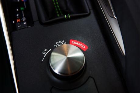 Lexus hop tac cong ty tuong ot san xuat mau xe dac biet - Anh 6