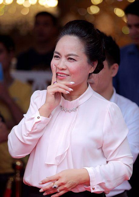 A hau Tu Anh, Xuan Bac la MC 'Hay doan gia dung' - Anh 7