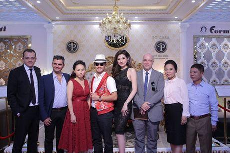 A hau Tu Anh, Xuan Bac la MC 'Hay doan gia dung' - Anh 8