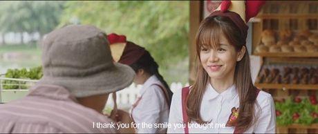 Hinh anh giuong chieu nong bong cua Tran Thanh va hotgirl The Face - Anh 2