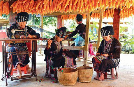 Xay dung nghe det cua dan toc Lu o Lai Chau thanh san pham du lich - Anh 1