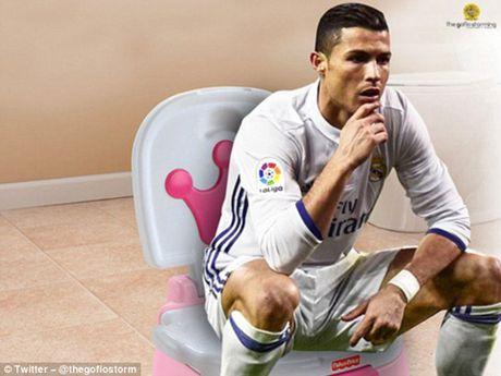 Phi cuoi voi anh che man an mung cua Cristiano Ronaldo - Anh 2