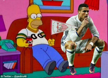 Phi cuoi voi anh che man an mung cua Cristiano Ronaldo - Anh 6