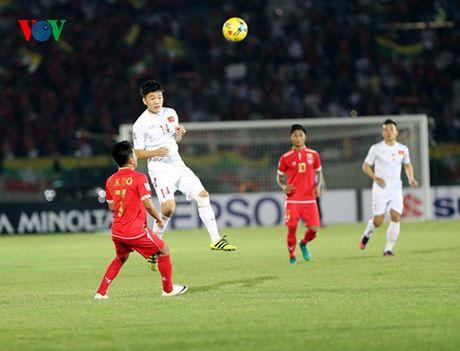 Ket qua bong da hom nay 21/11: Ha Myanmar, Viet Nam dung nhi bang B - Anh 1