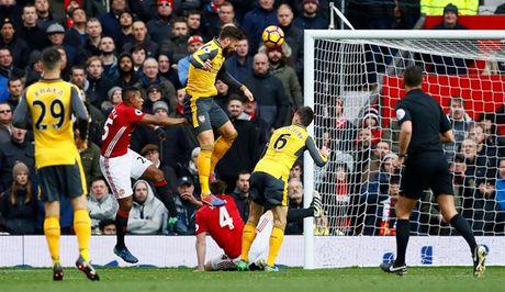Chum anh: Mourinho thay doi cam xuc chong mat o tran hoa Arsenal - Anh 13